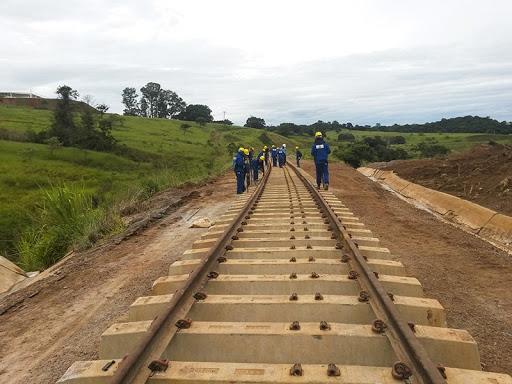 Projeto de malha ferroviária para o Centro Oeste é detalhado por Tarcísio Freitas